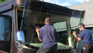 RV windshield replacement, windshield repair RV, Motorhome windshield replacement, phoenix windshield replacement RV, windshield replacement RV